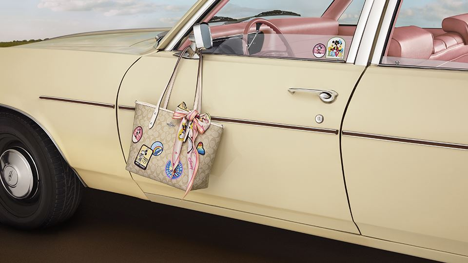 coach-minnie3960x540.jpg