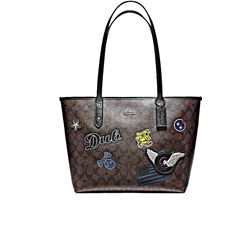 Women's shopper in brown by Coach at Ingolstadt Village