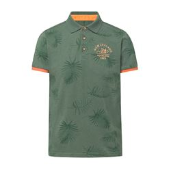 Green polo shirt leaves