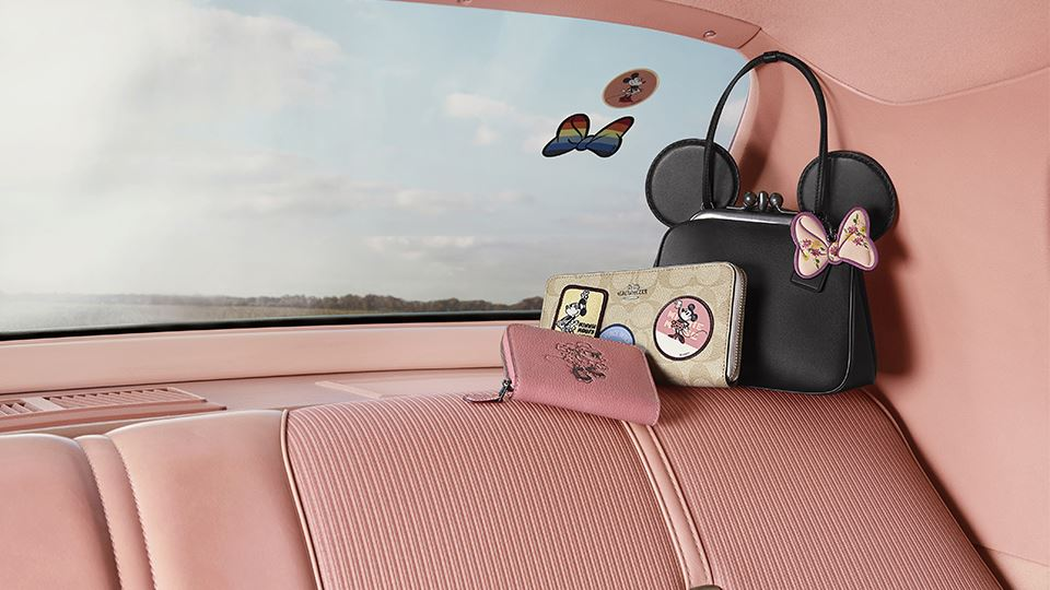 coach-minnie2960x540.jpg