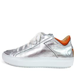 sneaker in silver by Marc Cain at Ingolstadt Village