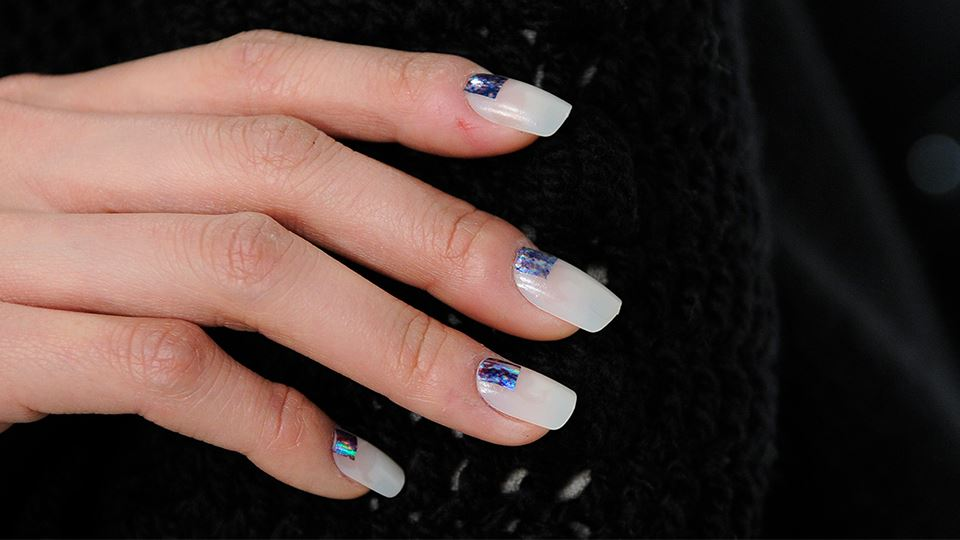 960-540-Blue-nails-bicester-Village.jpg