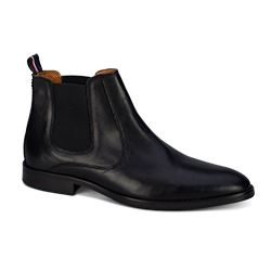 Men's chelsea boots by Tommy Hilfiger at Ingolstadt Village