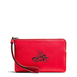Clutch 'Mickey Leather Corner Zip' in bright red by Coach at Ingolstadt Village