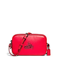 Umhängetasche 'Mickey Leather Crossbody Pouch' in Rot von Coach in Ingolstadt Village