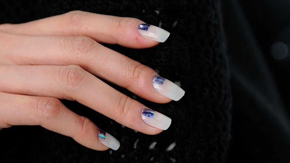 2000x700_3_Holiday-Nail-Ideas_Something-Blue_Name-Village.jpg