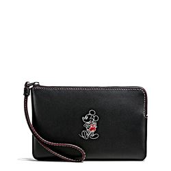 Clutch 'Mickey Leather Corner Zip' in Schwarz von Coach in Wertheim Village