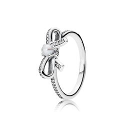 Pandora Delicate sentiments pearl ring