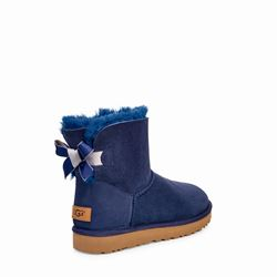'Mini Bailey Bow Shimmer' in Blue by UGG at Ingolstadt Village