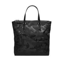 Men's tote by Michael Kors at Ingolstadt Village