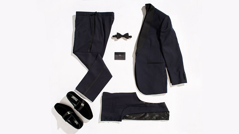 960-540-Mens-Occassion-flatlay.jpg
