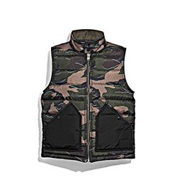 Vest in camouflage by Coach in Ingolstadt Village