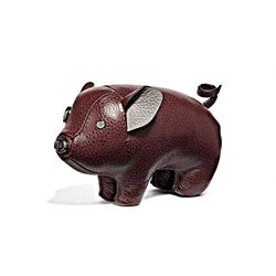 Coach Men's oxblood Pig Paperweight